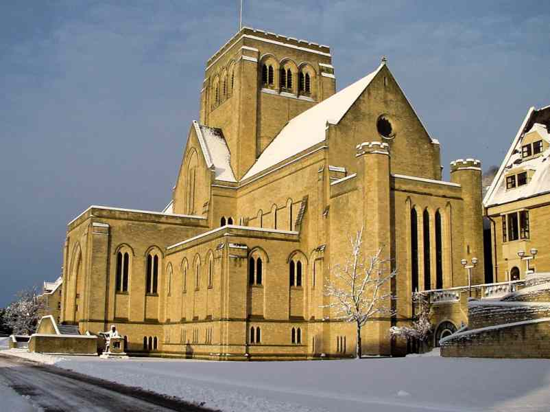 Ampleforth Abbey: looking west after a snowfall